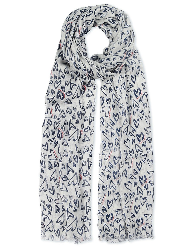 MOTHERS<br /><br /><br /><br /> LOVE SCARF