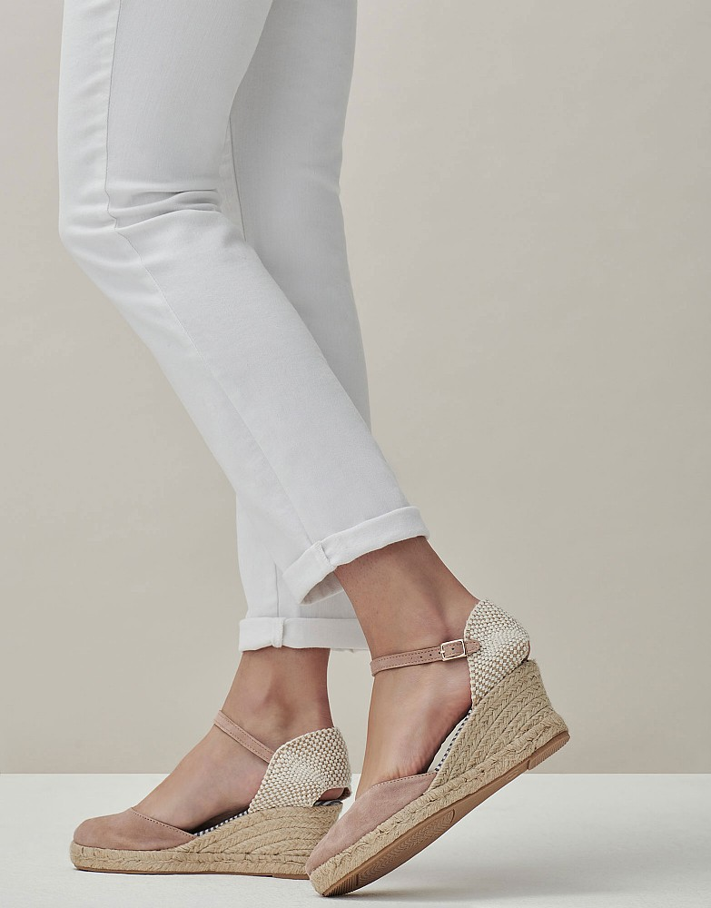 Closed Toe Heeled Espadrille