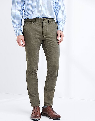 Slim Fit Chino In Seaweed Green