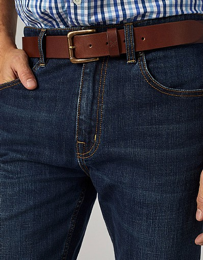 Classic Leather Belt in Chocolate