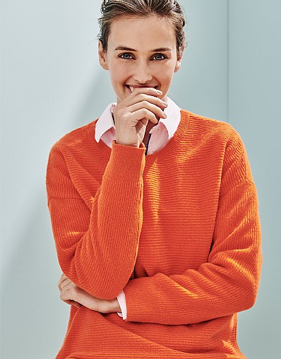 Farnham Jumper in Satsuma Orange