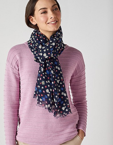 Daisy Print Scarf in Navy