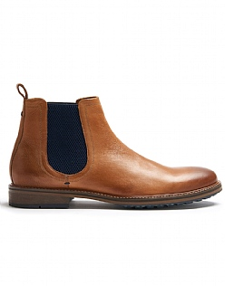Chelsea Boots in Tan