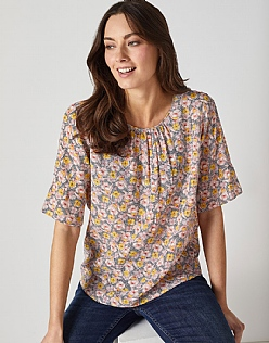 Fluted Sleeve Top in Trellis Print
