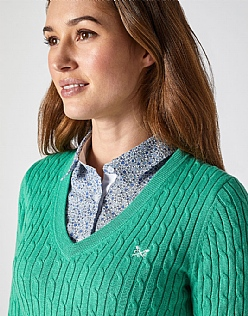 Heritage Cable V Neck Jumper in Copper Green